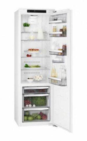 AEG SKE818E9ZC Integrerbart Køleskab 2+2 års garanti